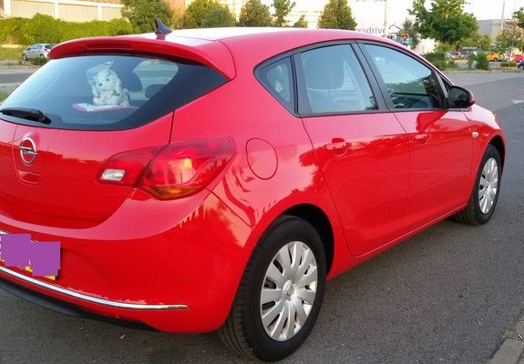 Opel Astra  1, 6  .120 cp