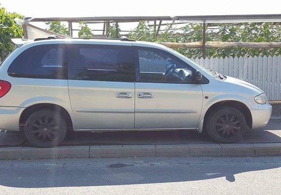 Chrysler Voyager 2001 2.4 SE