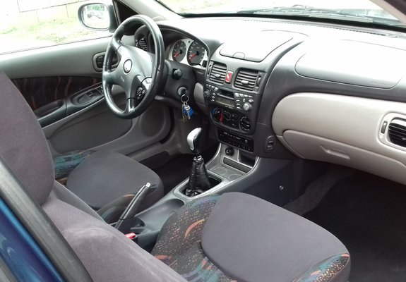 Nissan Almera Diesel 2000