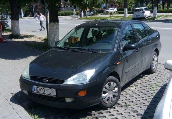 Ford Focus Benzina 2001